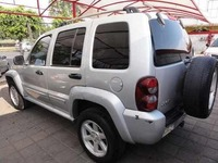 2002 Jeep Liberty 4X4 - Autos - Cañar