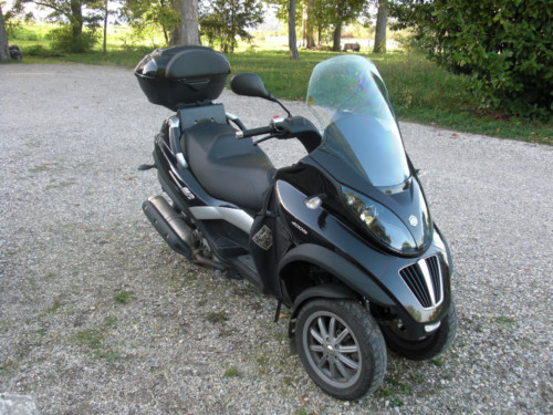 scooter piaggio mp3 lt 400 ie motos de segunda mano en bahabon. Black Bedroom Furniture Sets. Home Design Ideas