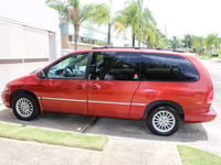 Chrysler Town & Country LX 2000 - Camiones / Vans - Bayamón