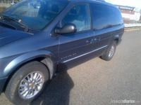 CHRYSLER TOWN AND COUNTRY 2001 Limited - Autos - Trenton